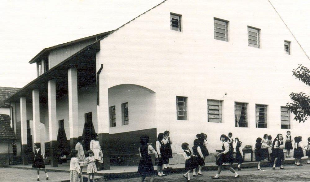 Escola Madre Anatólia   História